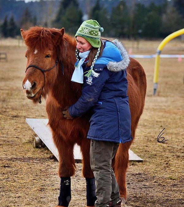 Mein Weg zur Achtsamkeit – wie eine Kolik meinen Umgang mit Pferden veränderte